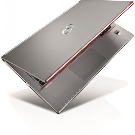 Fujitsu LifeBook E736 - Ordinateur portable reconditionné - 4Go - 240Go SSD - Linux
