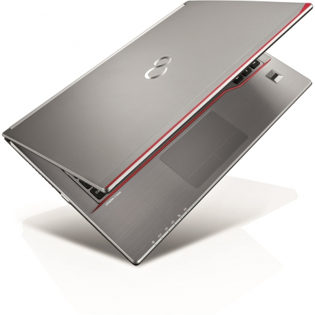 Fujitsu LifeBook E736 - Ordinateur portable reconditionné - 8Go - 240Go SSD - Linux